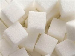 Мировой производитель - Индия вынуждена покупать сахар