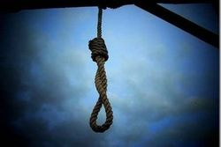 Две девушки 16 и 13 лет совершили самоубийство в оренбургском поселке