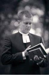 священник лишен духовного сана
