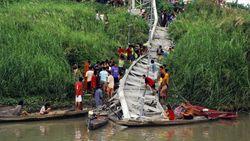 Туристам: В Таиланде рухнул мост около древней столицы, есть жертвы