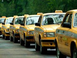 С 13 апреля в ПДД будут внесены поправки, касающиеся такси