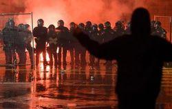 Радикалы спровоцировали беспорядки и погромы в столице Швейцарии