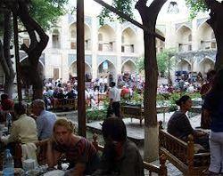 За что в Узбекистане туристы будут платить дополнительные налоги