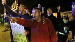 Бостонцы протестуют против похорон Т. Царнаева