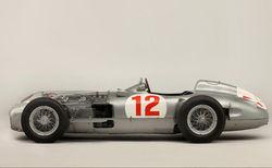 Рекорд аукционов: Ретро Mercedes продан за 30 млн. долларов