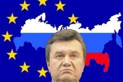 Украинские качели: В 2013 г. Киев будет и дальше колебаться между ЕС и ТС