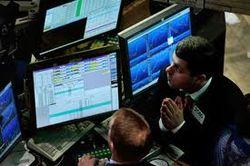 Биржи Европы начали торги в «красной» зоне