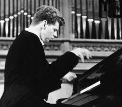 Каким мир запомнил легендарного американского пианиста Ван Клиберна