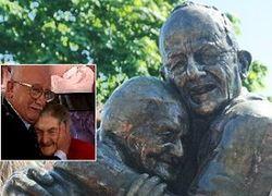 Туристам на заметку: в Киеве появился памятник «Вечной любви»