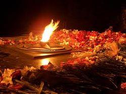 ВКонтакте о пьяных хулиганах, затушивших Вечный огонь в Астрахани