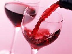 Ученые о свойствах красного вина и остроте слуха