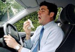 Простуженный водитель опаснее пьяного за рулем – ученые
