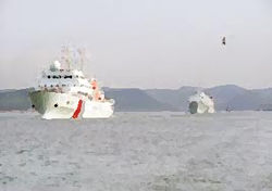 Военный флот КНР снова приблизился к японским островам