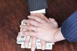 Одесская прокуратура жалуется на СБУ, которая пытается дать взятку