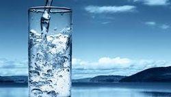 Ученые: пейте воду и худейте