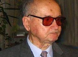 Установивший в Польше военное положение генерал истекает кровью