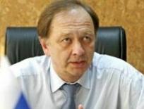 «Беспринципное позорище» – генконсул РФ в АРК заявил об уходе