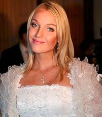 Анастасия Волочкова не знает, от кого беременна?