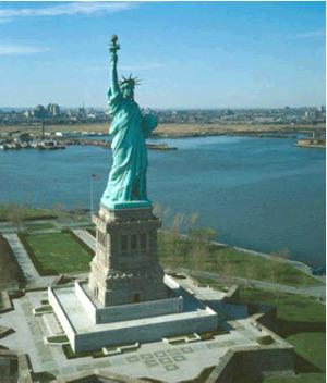 """""""Статуя Свободы"""" в США"""