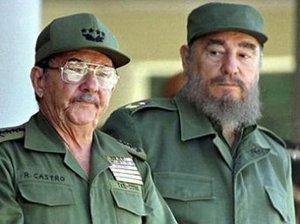 Рауль и Фидель Кастро