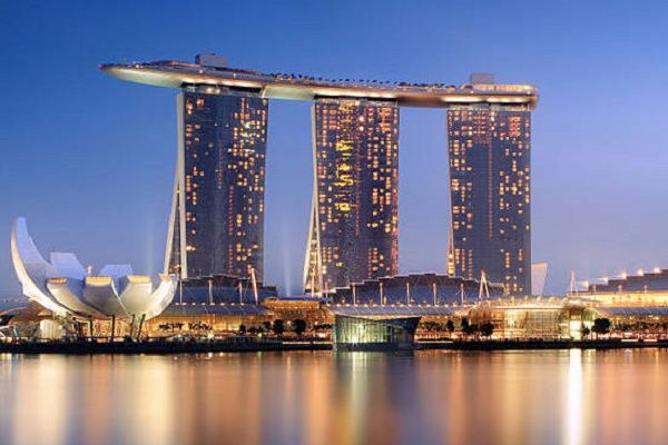 Marina-Bay-Sands-Hotel-Singapore.jpg