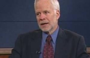 Барри Айхенгрин: за счет чего доллар держался, а теперь должен упасть?