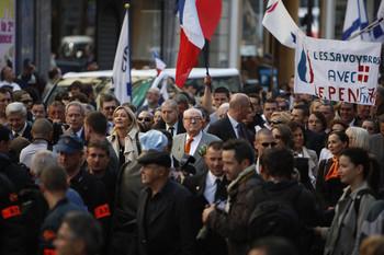 Чего же добиваются французские националисты?
