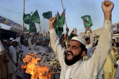 Сожжение Корана в США и резня в Афганистане: кому это может быть выгодно?