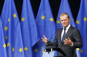 donaldtusk_eu_flags.jpg