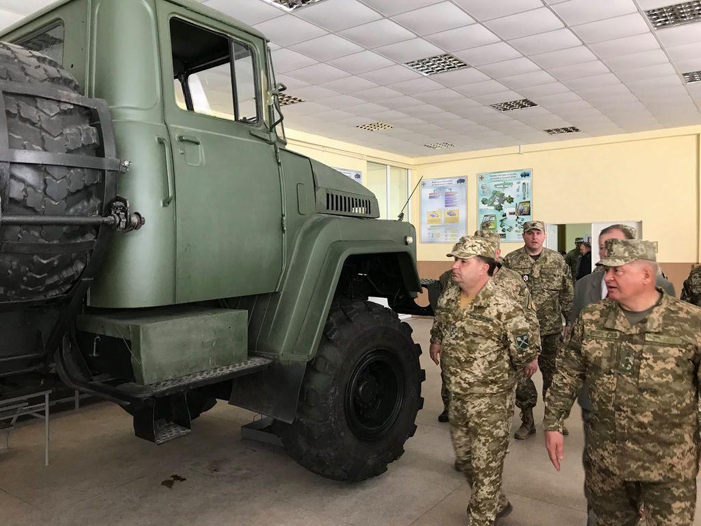 Полторак анонсировал создание нового военного университета вХарькове