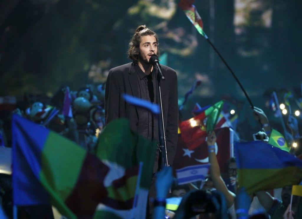 «Евровидение» вКиеве одержал победу солист изПортугалии