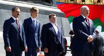 Виктор, Николай, Дмитрий и Александр Лукашенко