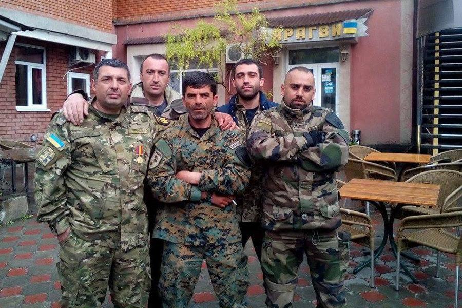 Батальон им ддудаева получил от украинских волонтеров всю необходимую военную экипировку