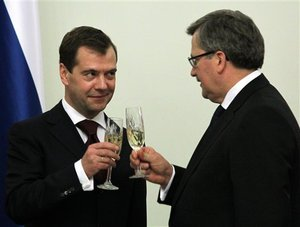 Дмитрий Медведев и Бронислав Коморовский